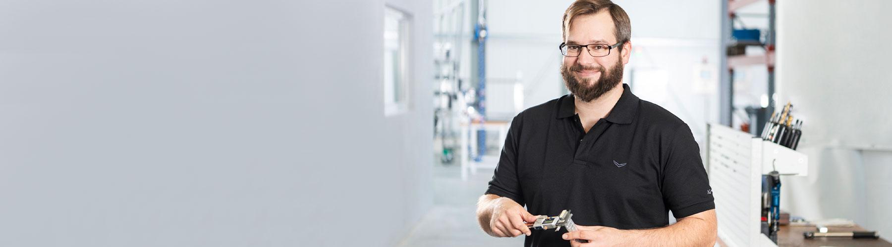 Qualitätssicherung Bauteile nach Maß CAD CNC Fräsen und Drehen Stuttgart